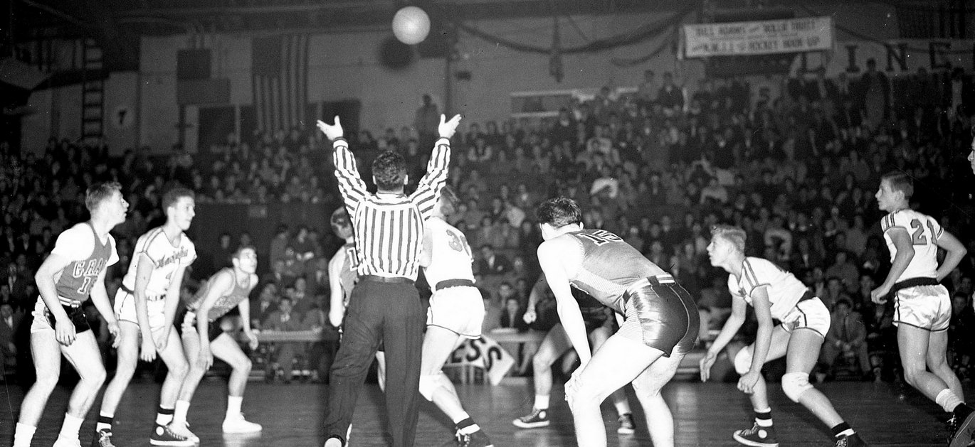 washington high school v. grant basketball game historic photo Portland Oregon PDX