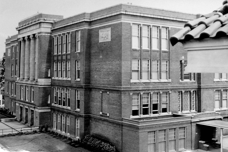 washington high school exterior historic B&W photo Portland Oregon PDX restoration redevelopment